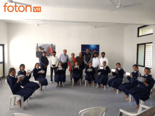 Virtual-Reality-Classroom-at-Sainik-School-in-Ganpat-University-by-fotonVR